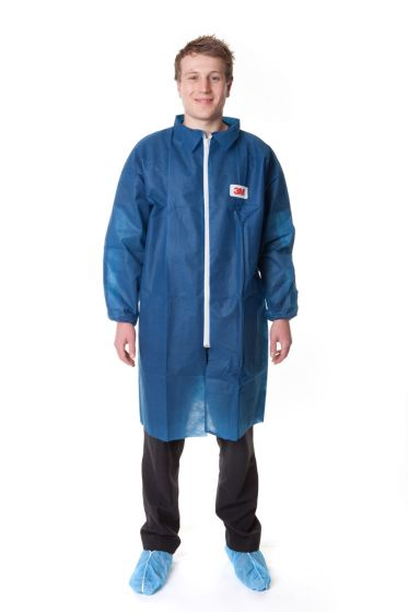 3M 4400-B Blue Visitors Lab Coat - Pack of 50