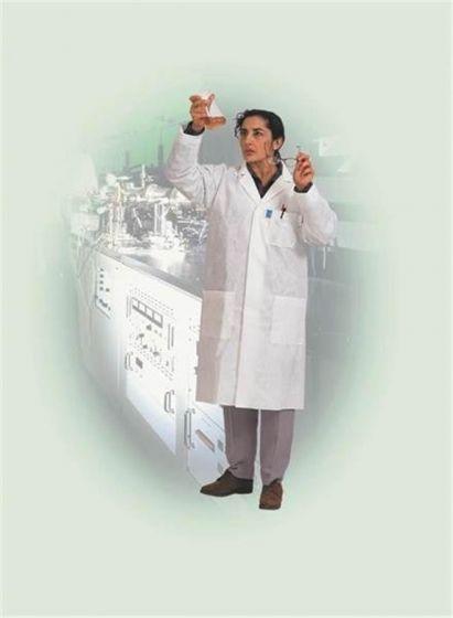 Kimtech A7 Disposable Lab Coats-camlab